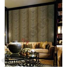 Интерьер Roberto Cavalli обои Emiliana Parati ROBERTO CAVALLI артикул 12017 в интрьере гостинной комнаты в коричневых тонах