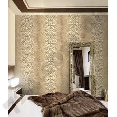 Интерьер Roberto Cavalli обои Emiliana Parati ROBERTO CAVALLI артикул 12021 в интрьере спальной комнаты в бежево-коричневых тонах